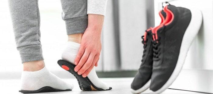چگونه میتوانید بورسیت پاشنه پا را درمان کنید؟