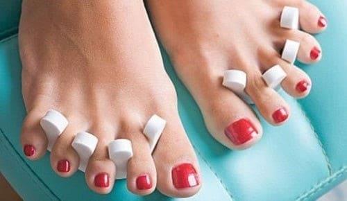 تمرین باز کردن انگشتان پا برای تسکین درد پاشنه
