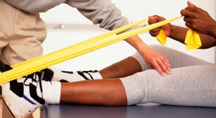 تاثیر فیزیوتراپی در درمان مشکلات کف و مچ پا