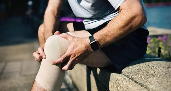 درمان اولیه ورم زانو در سالمندان