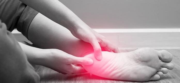 علائم و نشانه ها درد پاشنه پا