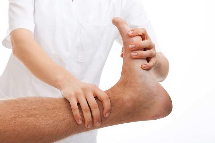 فیزیوتراپی برای درمان تیر کشیدن شست پا