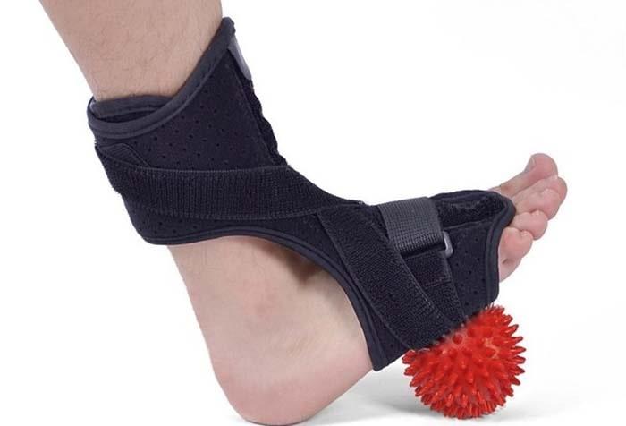 مزایای استفاده از اسپلینت افتادگی مچ پا
