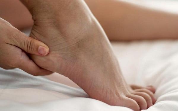 مورتون نوروما از علت پا درد هنگام پیاده روی