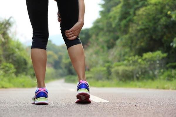 ورزش بیش از حد از دلایل ضعف پا