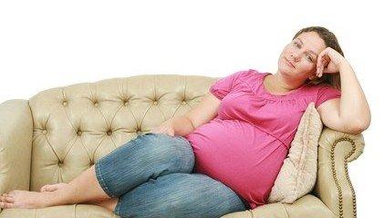 ورم و درد پا در بارداری
