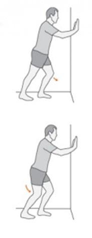 تمرین کشش ساق پا ایستاده برای درمان درد کف پا