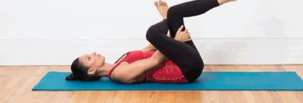 تمرین کشش عضلات خارجی ران برای درمان درد ساکروایلیاک
