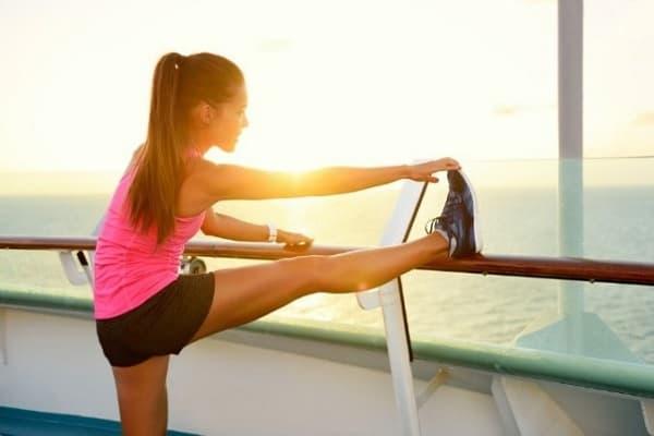تمرین کشش پاشنه پا برای تسکین درد پاشنه