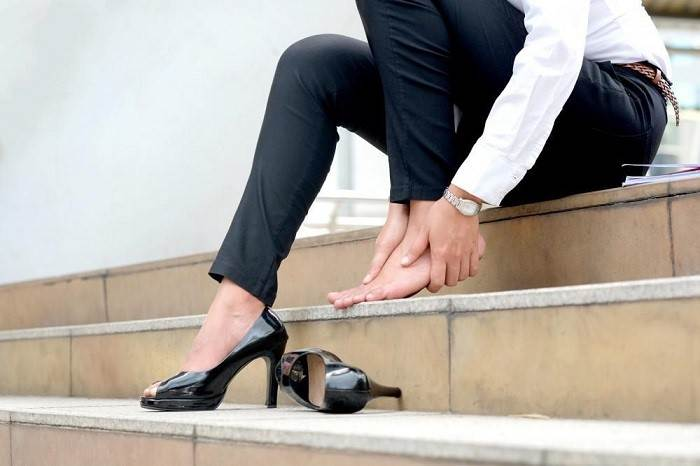 کفشهای پاشنه قلمی ( پاشنه میخی) یا کفشهای خیلی پاشنه بلند