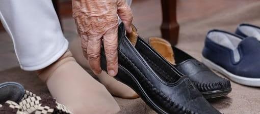 درمان پادرد در سالمندانبا کفش مناسب