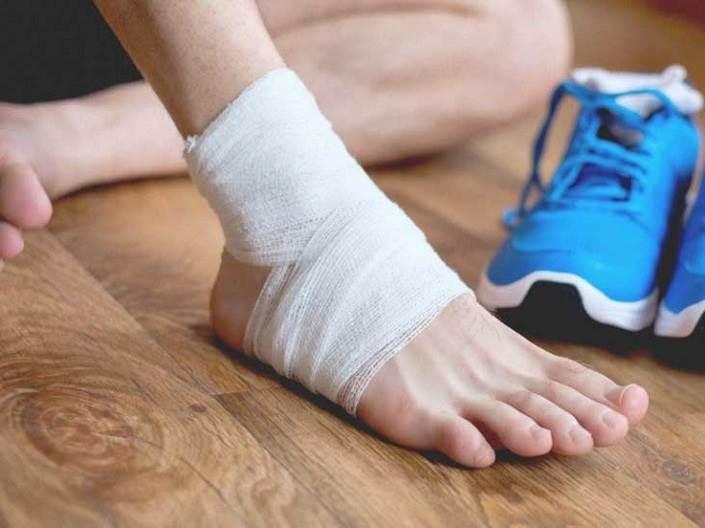 درمان رگ به رگ شدن مچ پا