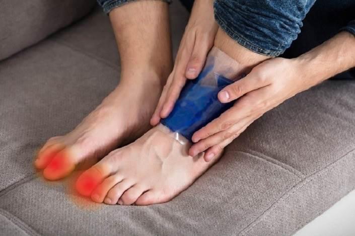 درمان رگ به رگ شدن مچ پا با یخ